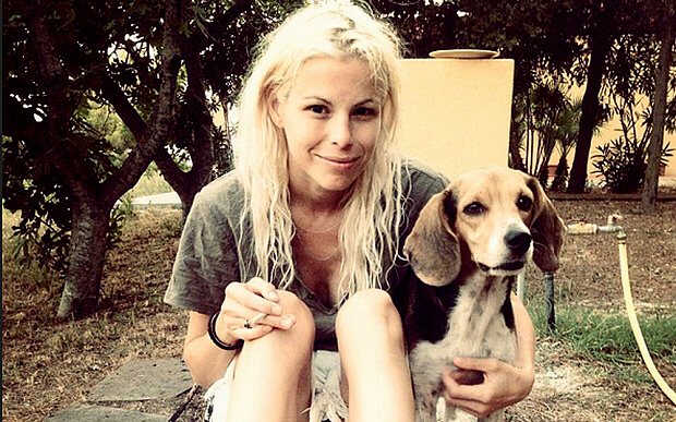 Ashley Olsen with her beagle, Scout