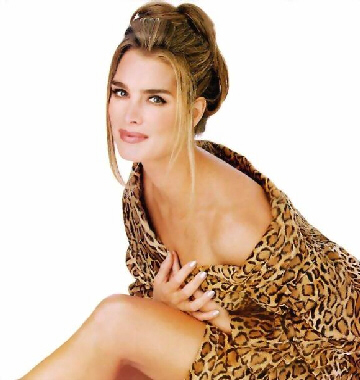 Actress Brooke Shields was suicidal in 2003