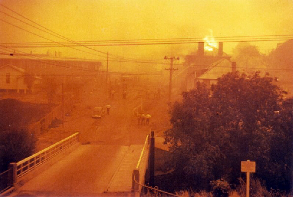 Bush fire destruction upper Gore Street, 1967