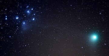 Comet Machholz and the Pleiades on Jan. 7th