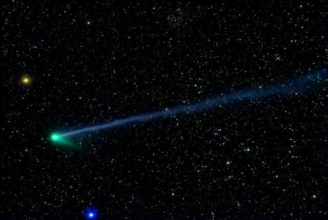 Comet McNaught II visible