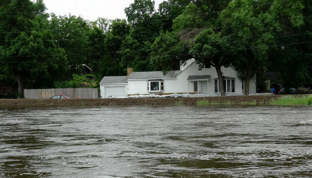 Floodwater from rising Souris River approaches home in Minot, ND