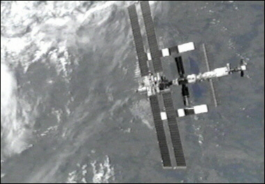 ISS loses navigational capability, enters into decaying orbit