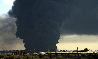 Insurgents target key oil sites in Iraq