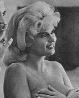Jayne Mansfield on movie set