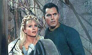 Jeffrey Hunter as Christopher Pike with Susan Oliver