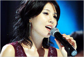South Korean actress Lee Eun-ju commits suicide, one of many celebrities all over the world who have kill themselves since February 2005
