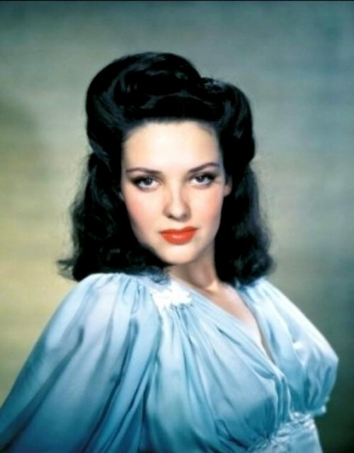 The lovely Linda Darnell