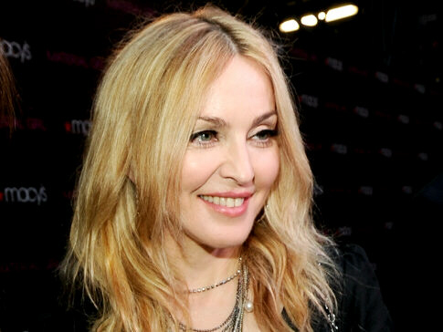 Madonna not worried about whacko Linhart