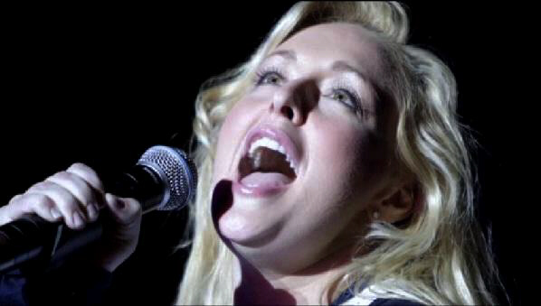 Doomed Mindy McCready sings at her final concert