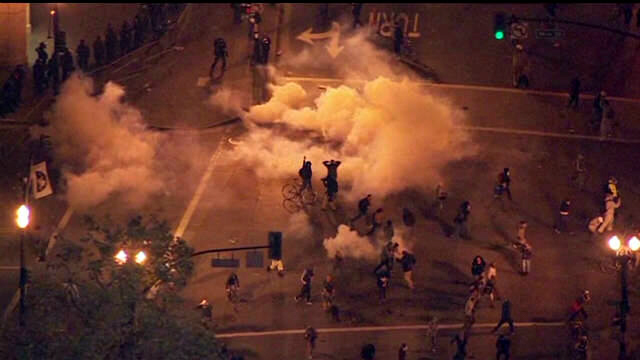 Occupy Wall Street protests turn violent in Oakland