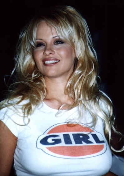 Pamela Anderson Lee in T Shirt