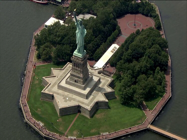 statue of liberty thesis Free essay: the statue of liberty stands in the new york harbor and has greeted  many immigrants into ellis island at the time, lady liberty was letting them.