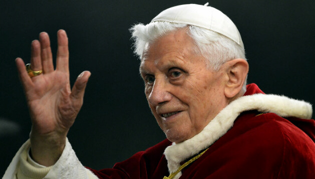 Pope Benedict XVI waves in St. Peter's Square 2012 December