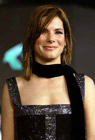 Sandra Bullock is desperately seeking to be included among the ranks of celebrity stalking victims ...