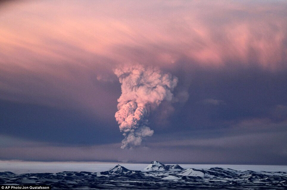 Huge eruption: Smoke plumes from the Grimsvotn volcano create a stunning scene about 120 miles east of Rejkjavik