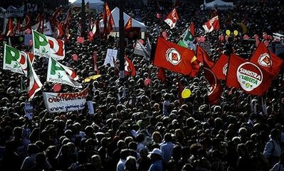 Tens of thousands of Italians protest Berlusconi