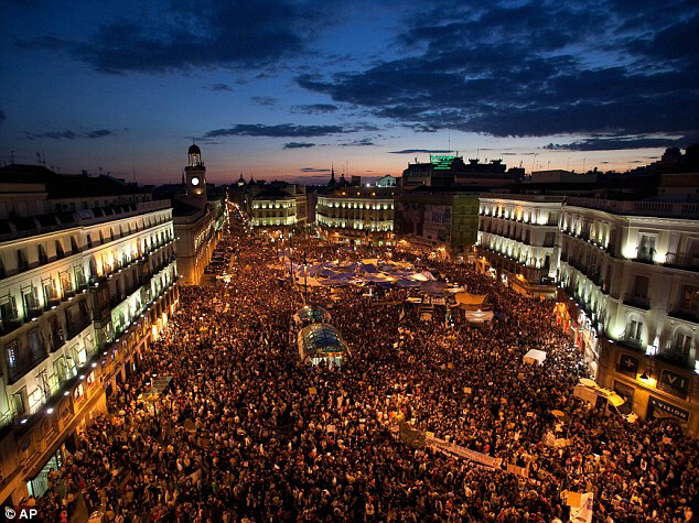 Thousands gather in the Madrid's Puerta del Sol square