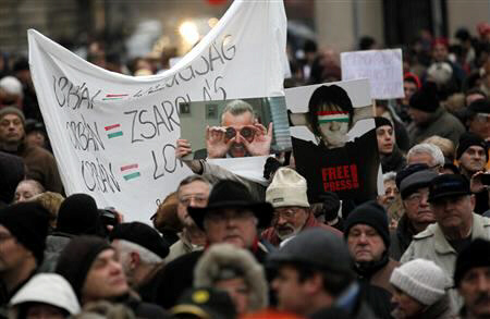 Thousands of protestors demonstrate against the Hungarian government