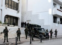 Tunisian military stand guard in Tunis