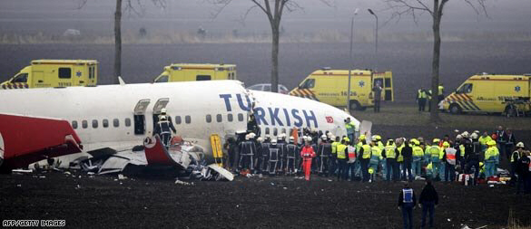 Turkish airliner crashes at Amsterdam's Schiphol Airport