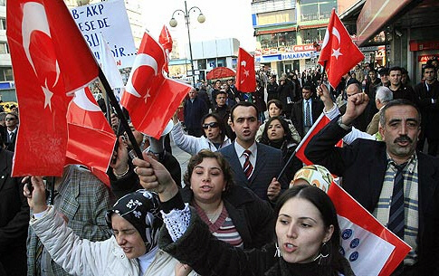 Turkish anti-pope protest