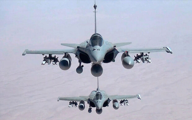 Two French Rafale jet fighters flying over Iraq Photo: AP